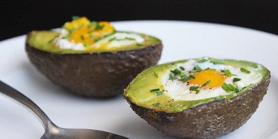 c7e883c031e307fd_baked-eggs-in-avocado-shell.xxxlarge